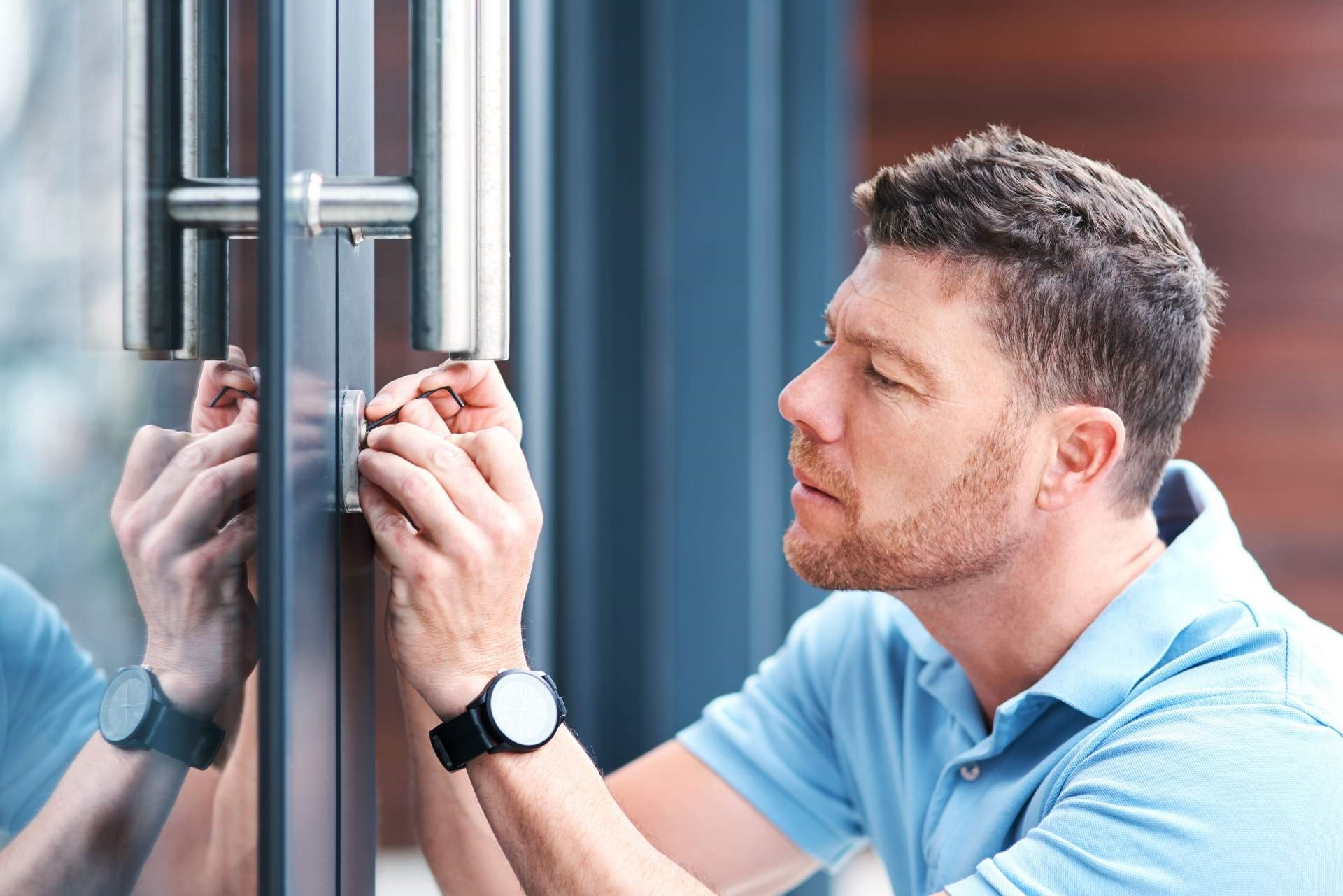 Advantages of Choosing a Local Locksmith